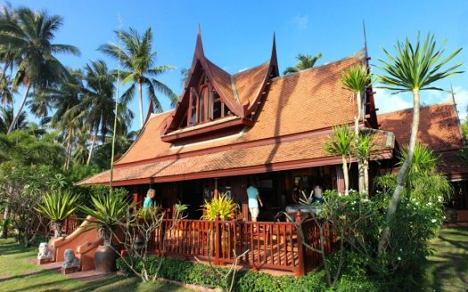 The Thai House Taling Ngam